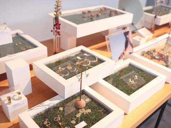 藤枝のエマギャラリーのアクセ展示
